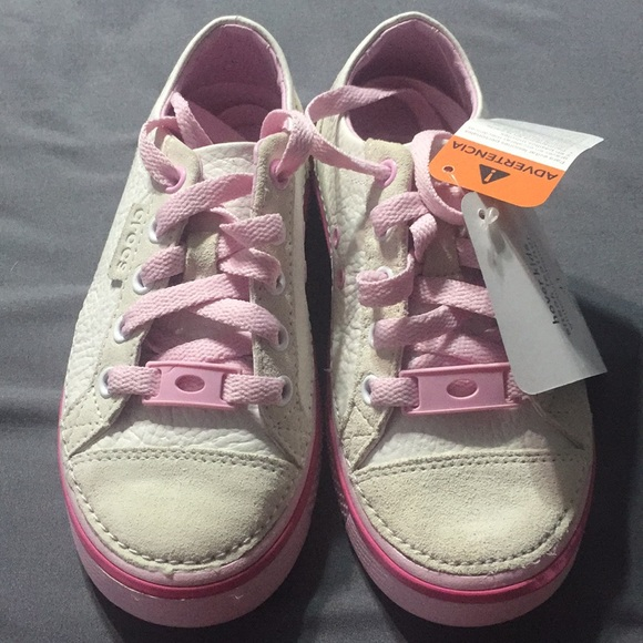 Crocs-Kids Hover sneak Leather e27f67da1e2